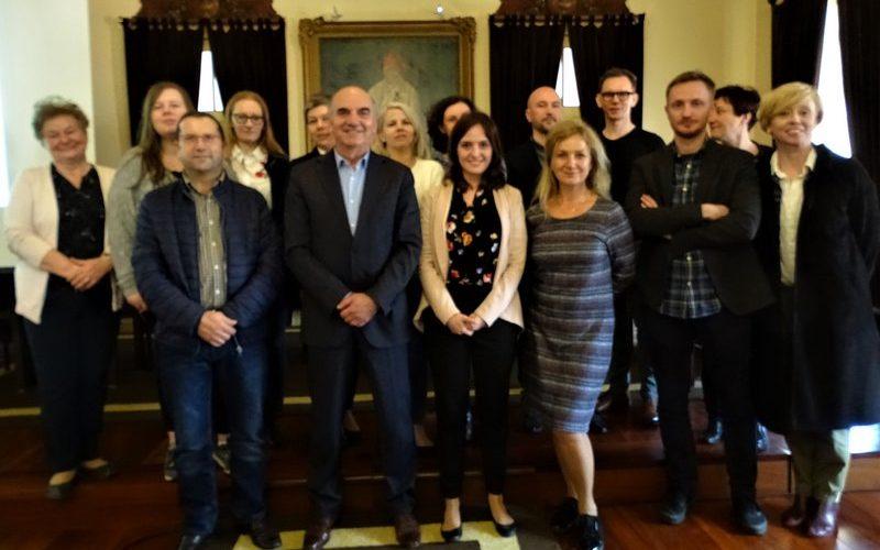 Governo polaco vem à Póvoa conhecer projeto educativo pioneiro